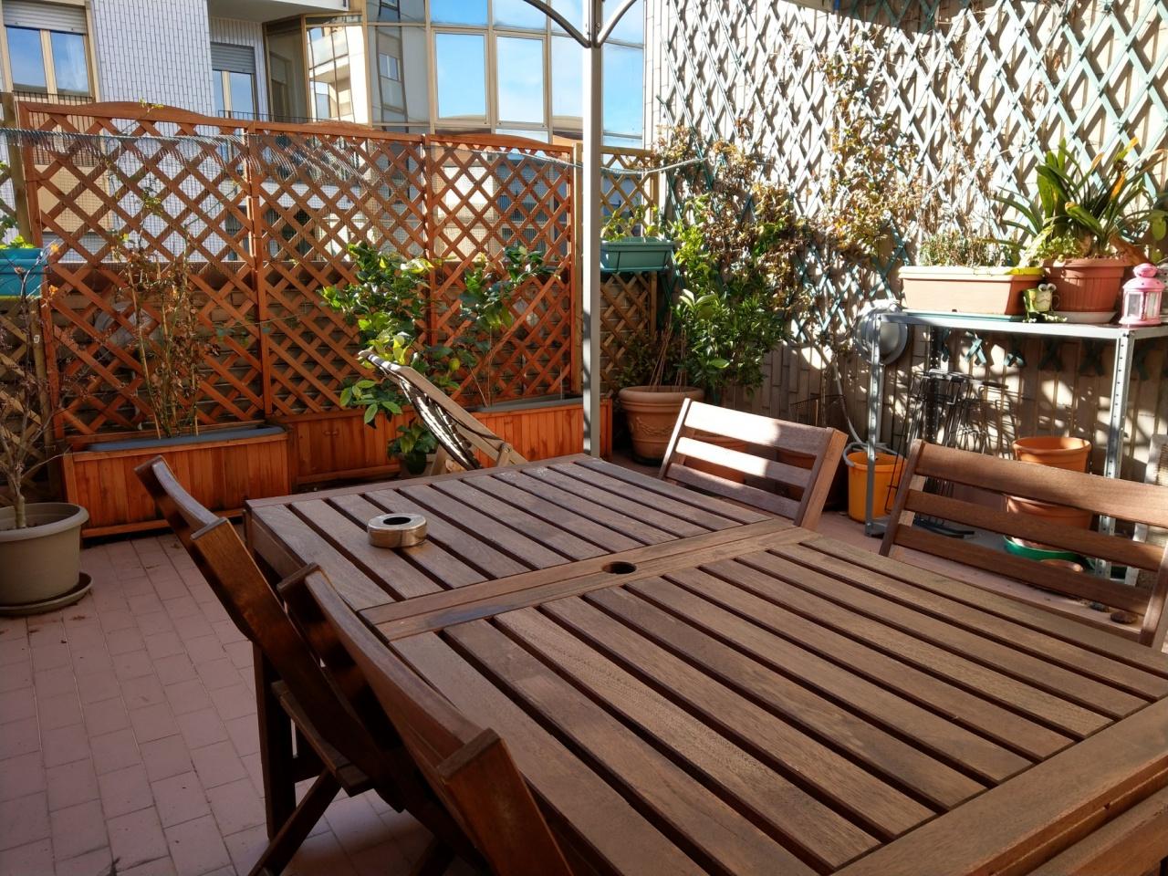 Bilocale vendita sesto san giovanni for Planimetrie della cabina di log con soppalco