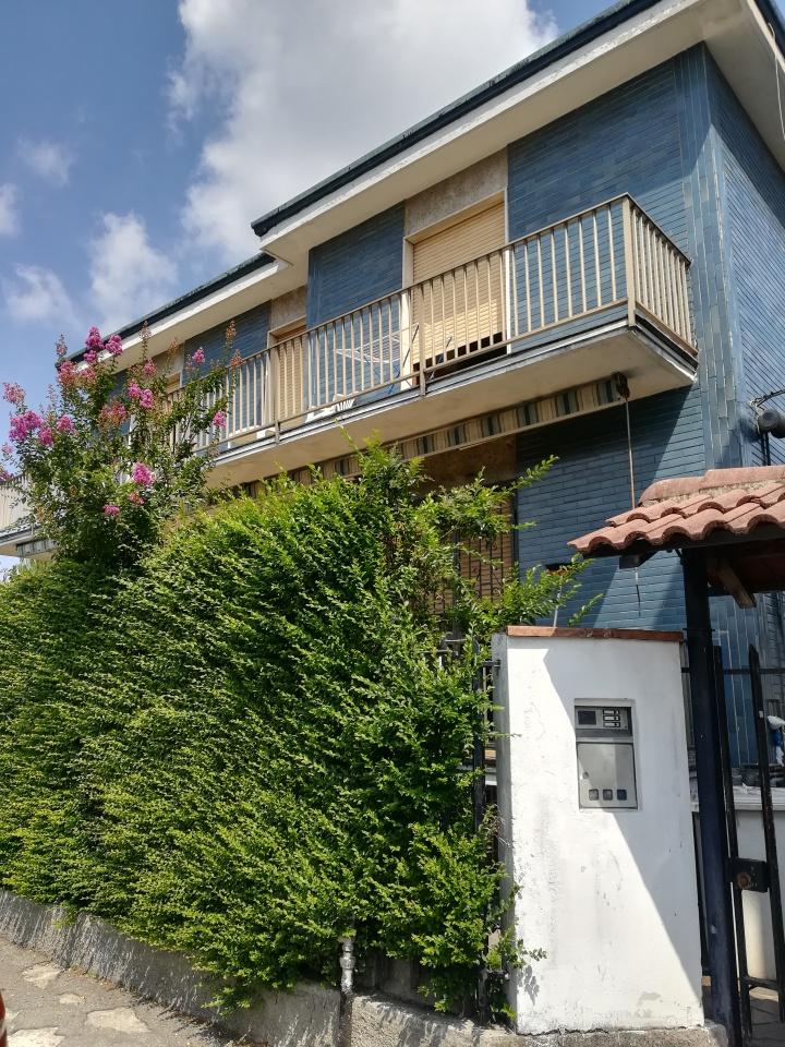Villa in buone condizioni in vendita Rif. 7074971