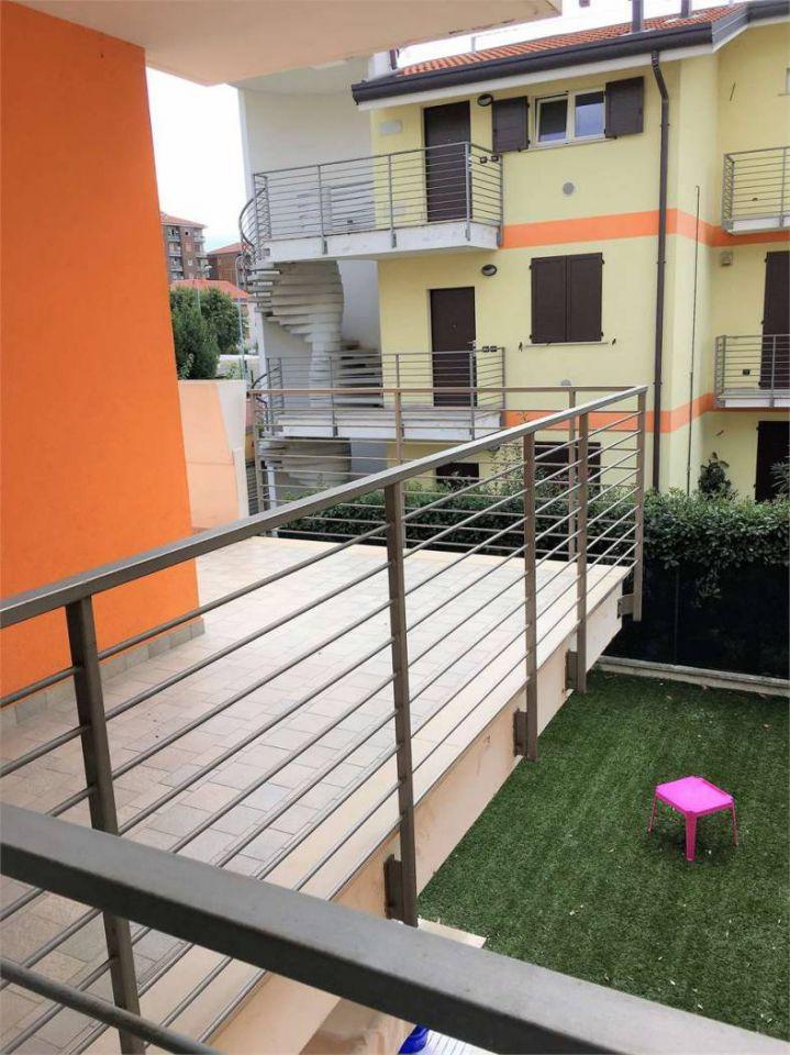 Appartamento arredato in vendita Rif. 7406294