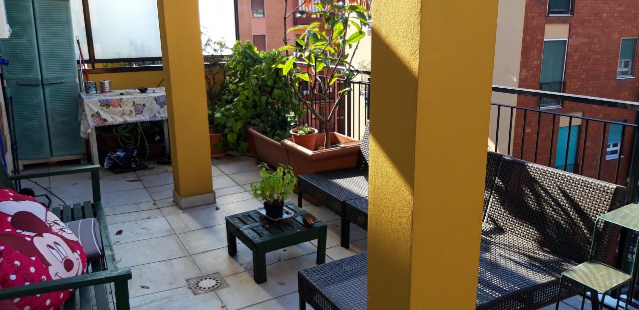 Appartamento in ottime condizioni arredato in affitto Rif. 7789433