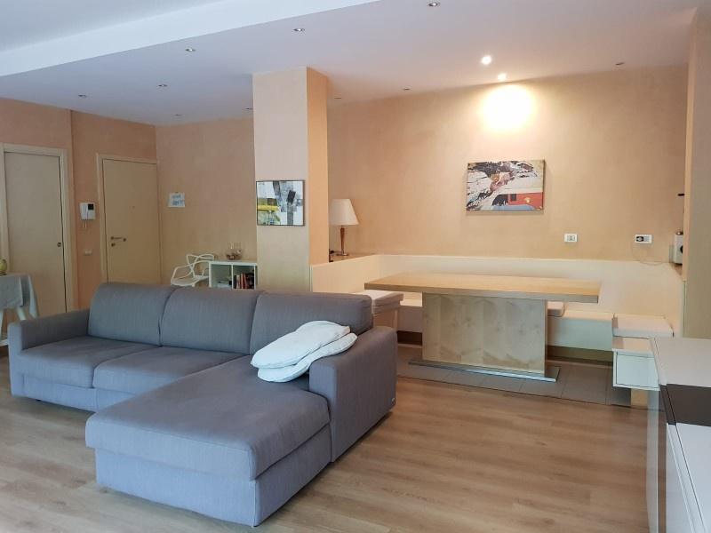 vendita appartamento milano italia / p. romana / d'es  470000 euro  3 locali  90 mq