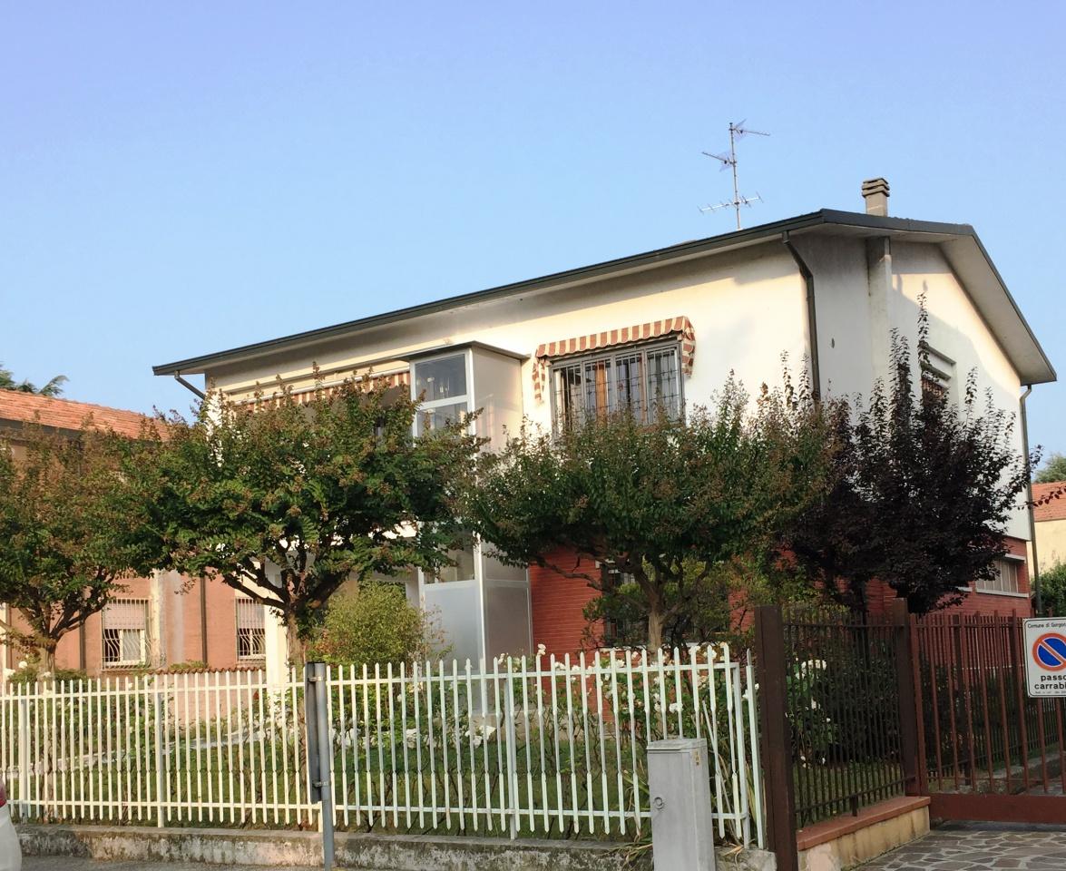 Villa ristrutturato in vendita Rif. 11614619