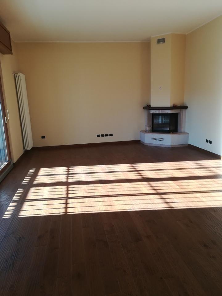 Appartamento ristrutturato in vendita Rif. 9251198