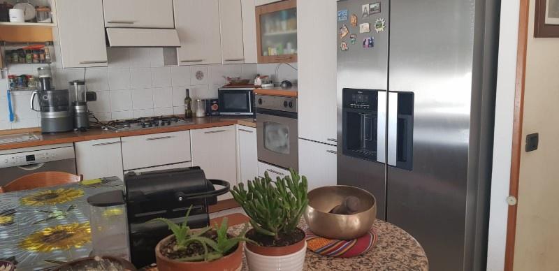 Appartamento in ottime condizioni arredato in vendita Rif. 9577775