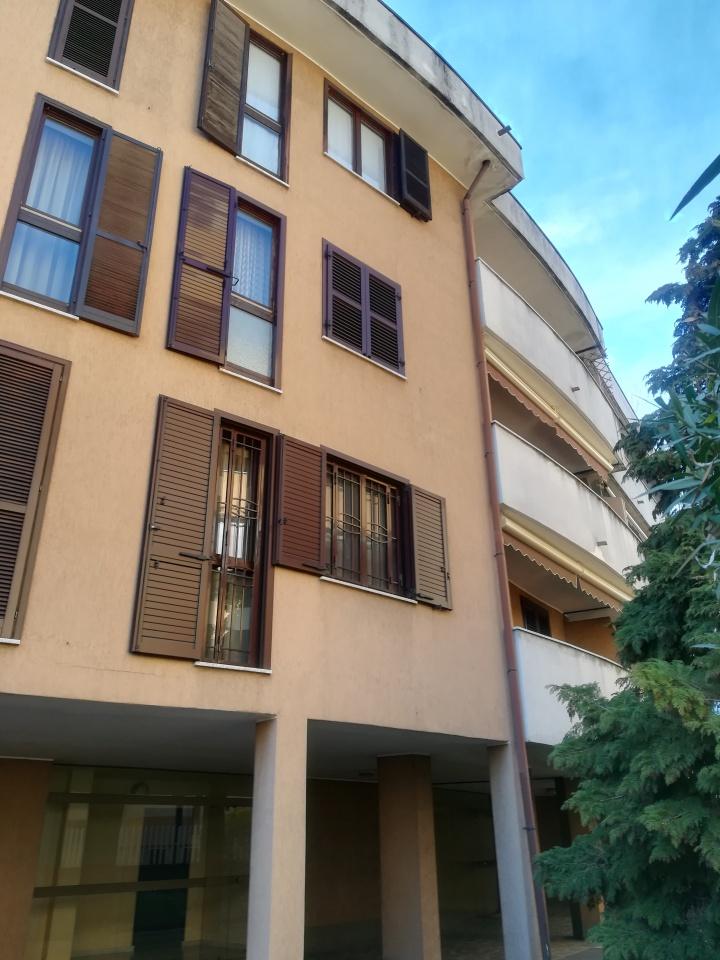 Appartamento in ottime condizioni in vendita Rif. 9766299