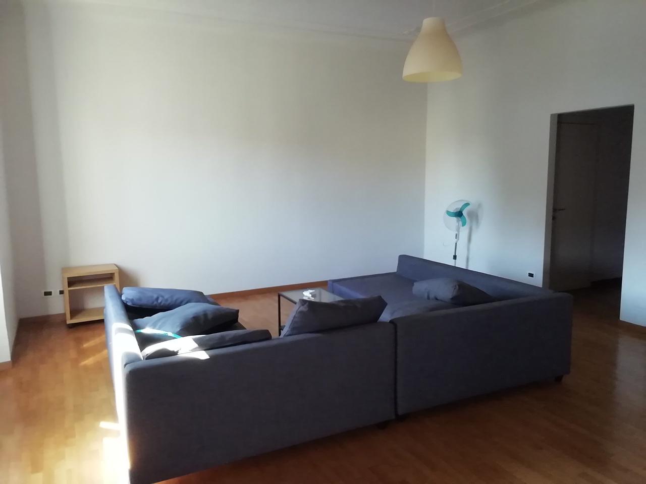 Appartamento da ristrutturare in affitto Rif. 10279382
