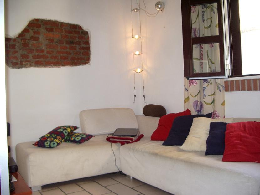 Appartamento in buone condizioni arredato in affitto Rif. 10475869