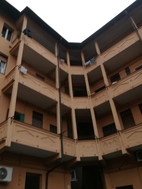 Appartamento in discrete condizioni in vendita Rif. 11526031