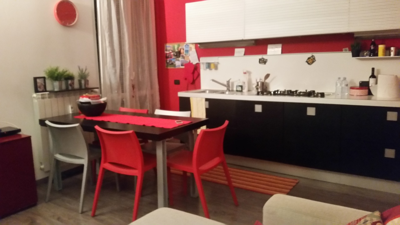 Appartamento in ottime condizioni arredato in vendita Rif. 11947171