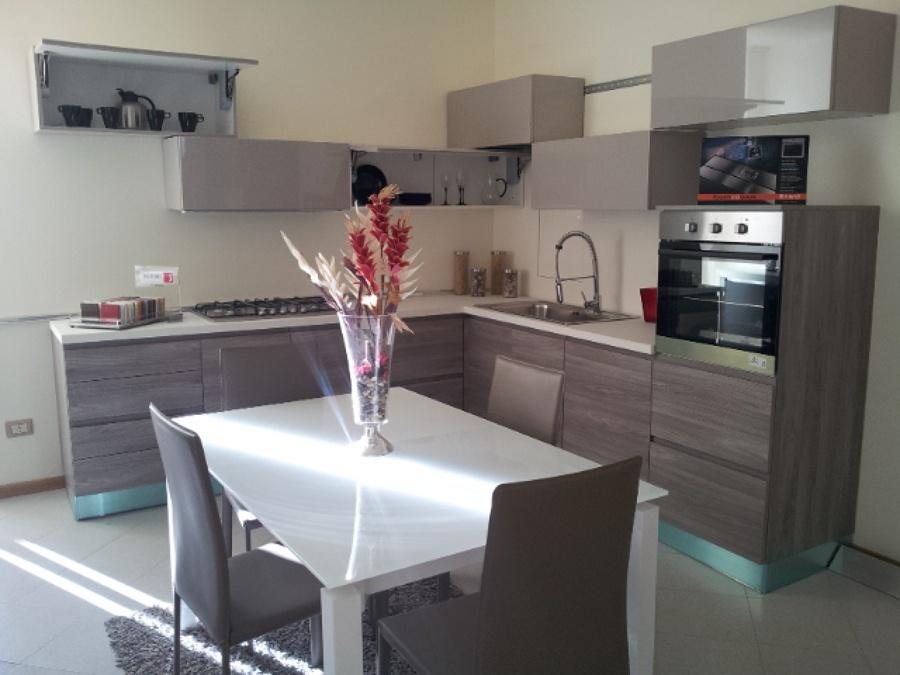 Appartamento ristrutturato in vendita Rif. 12150874