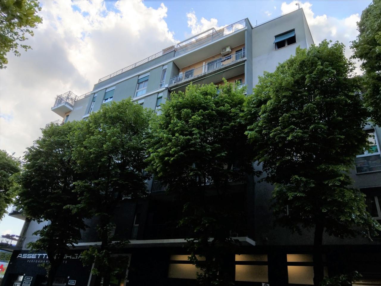 Appartamento in vendita a Sesto San Giovanni, 3 locali, prezzo € 195.000 | PortaleAgenzieImmobiliari.it