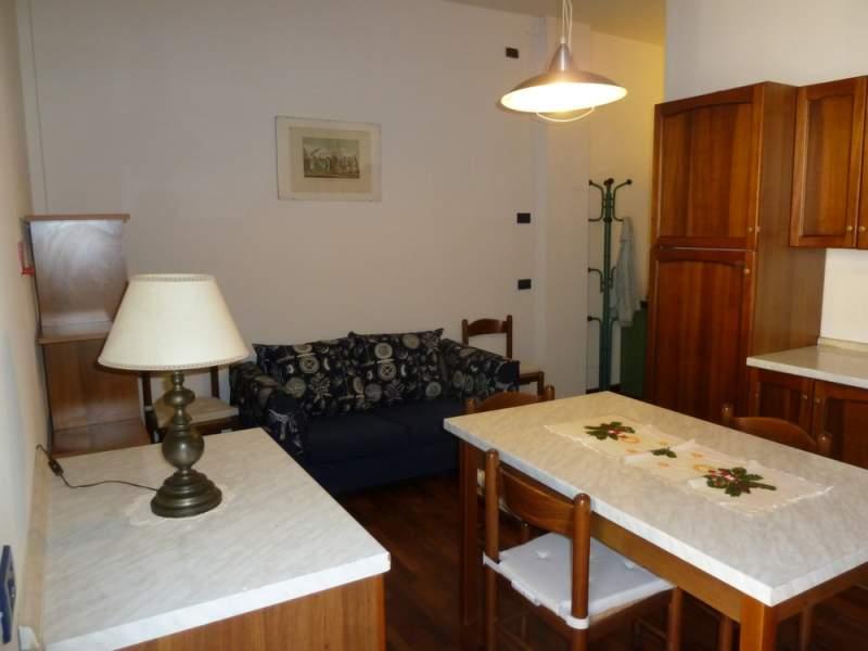 Appartamento in affitto a Sesto Fiorentino, 2 locali, zona Località: PIAZZA GHIBERTI, prezzo € 600 | Cambiocasa.it