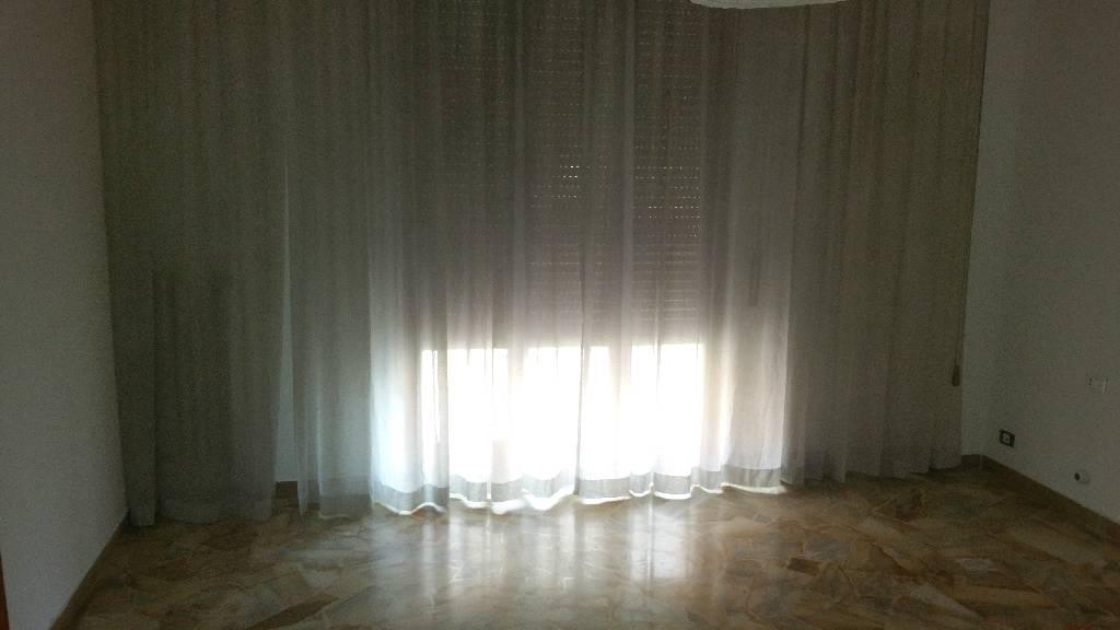 Stanza / posto letto in affitto Rif. 10483263