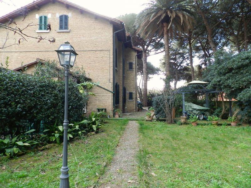 Casa Indipendente in buone condizioni in vendita Rif. 8377619
