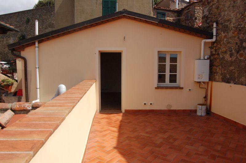 Soluzione Indipendente in vendita a Montescudaio, 2 locali, prezzo € 190.000   CambioCasa.it