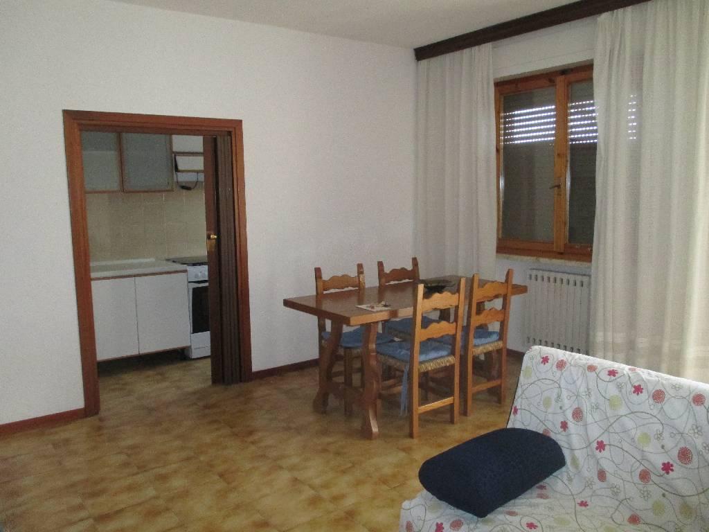 Appartamento in vendita a Massa Marittima, 3 locali, prezzo € 95.000 | CambioCasa.it
