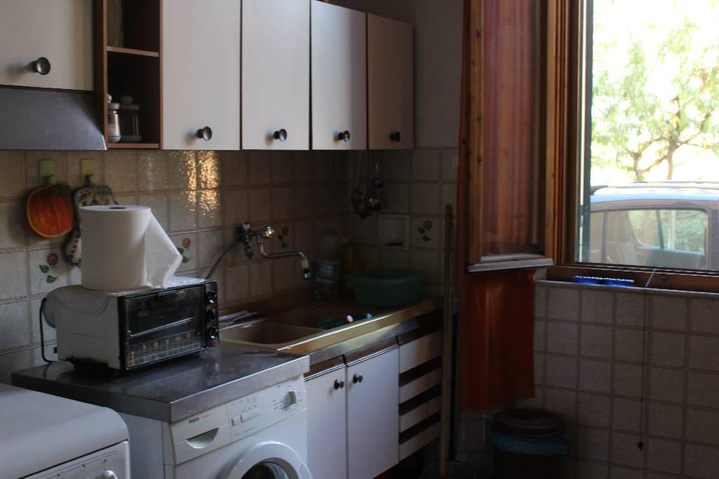 Appartamento in vendita a Massa Marittima, 3 locali, prezzo € 65.000 | CambioCasa.it
