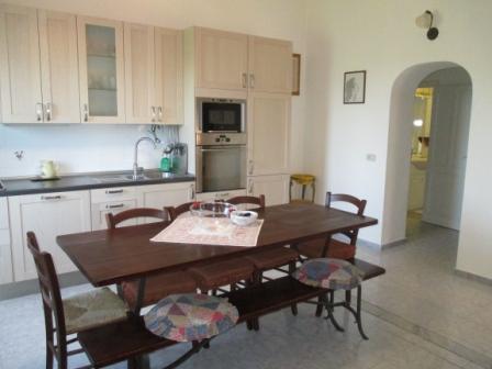 Appartamento in vendita a Massa Marittima, 3 locali, prezzo € 70.000 | CambioCasa.it