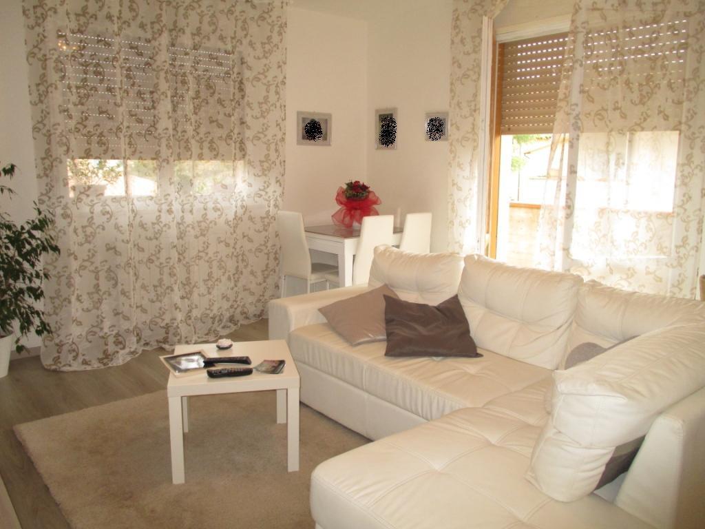 Appartamento in vendita a Massa Marittima, 3 locali, prezzo € 130.000 | CambioCasa.it
