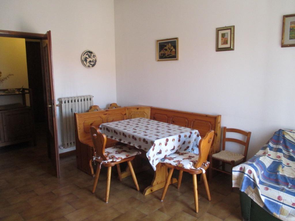 Appartamento in vendita a Massa Marittima, 3 locali, prezzo € 120.000 | CambioCasa.it