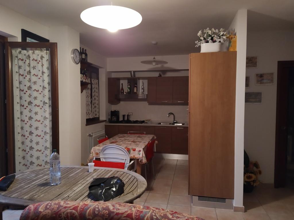 Appartamento in vendita a Massa Marittima, 3 locali, prezzo € 110.000 | CambioCasa.it