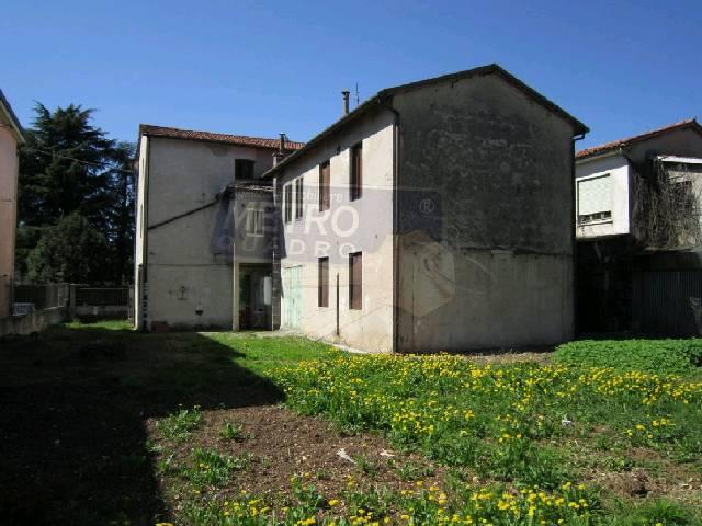 Soluzione Indipendente in vendita a Thiene, 7 locali, zona Località: CENTRO, prezzo € 490.000 | Cambio Casa.it