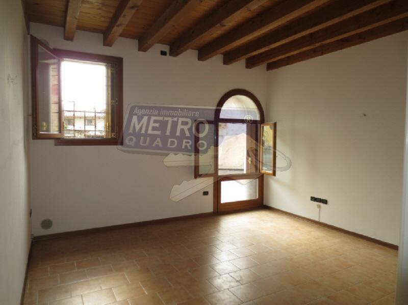 vendita appartamento thiene   84000 euro  3 locali  74 mq