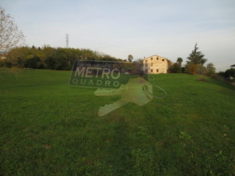 Rustico/Casale/Corte ZUGLIANO R/3651
