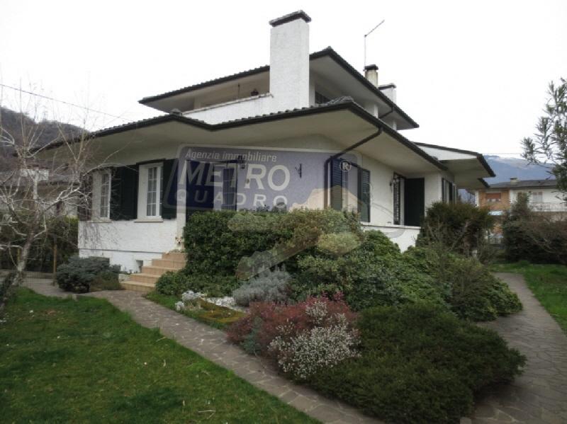 Casa Indipendente PIOVENE ROCCHETTE R/3676