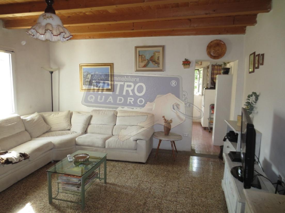 Casa Indipendente CHIUPPANO R/3719