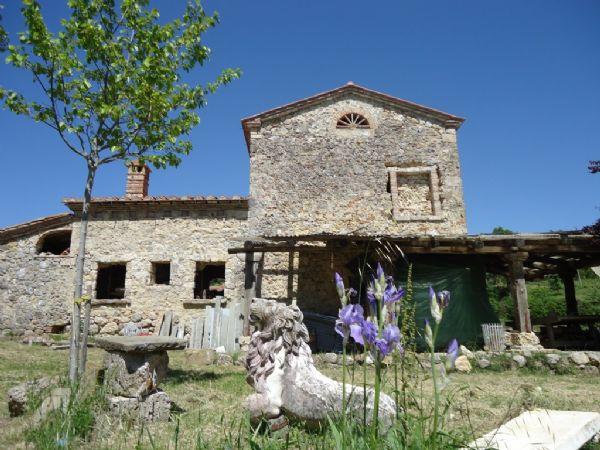 Rustico / Casale in Vendita a Montieri