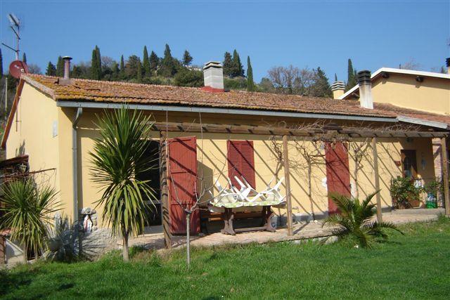 Soluzione Indipendente in vendita a Scansano, 9999 locali, zona Località: GENERICA, prezzo € 110.000 | Cambio Casa.it