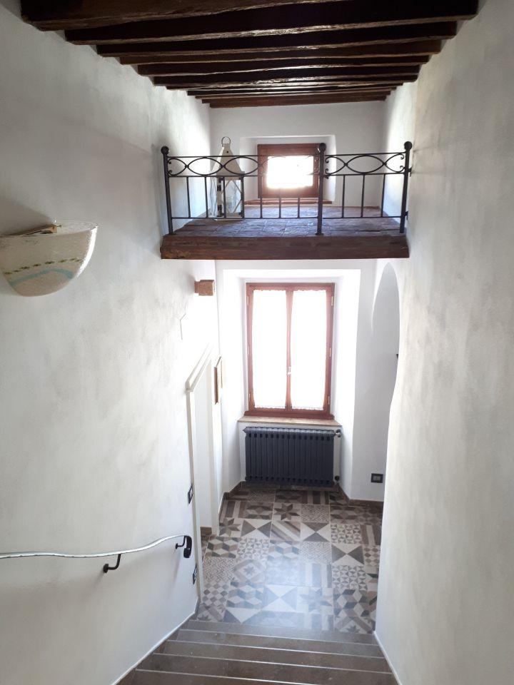 Appartamento in ottime condizioni in vendita Rif. 9943045