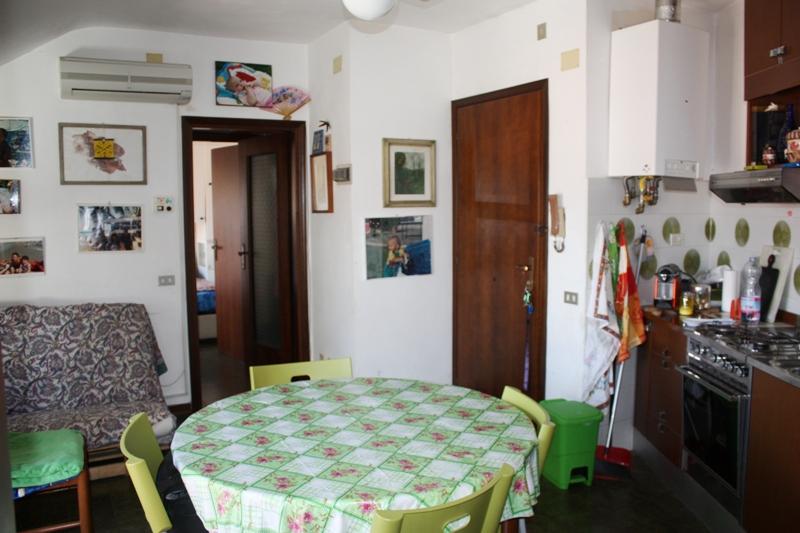 Attico / Mansarda in vendita a Massa, 3 locali, zona Località: RONCHI, prezzo € 180.000 | Cambio Casa.it