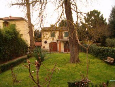 Villa o villino MONTEVARCHI V-0444