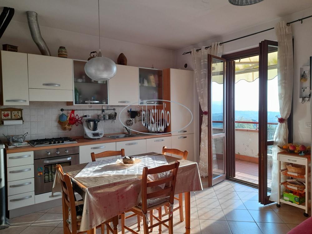 Appartamento in vendita a Reggello, 3 locali, prezzo € 120.000 | PortaleAgenzieImmobiliari.it