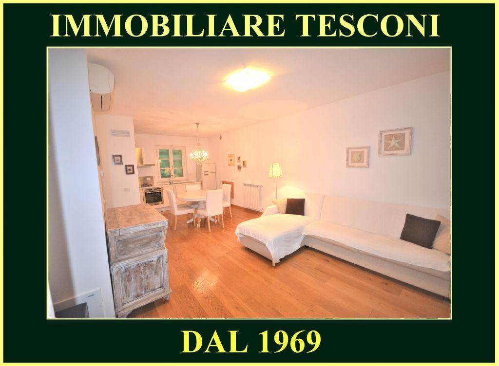 Appartamento in affitto a Pietrasanta, 3 locali, zona Località: MARINA DI PIETRASANTA, Trattative riservate | Cambio Casa.it