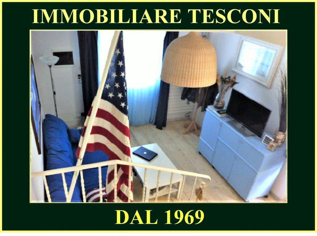 Soluzione Indipendente in affitto a Pietrasanta, 5 locali, zona Località: MARINA DI PIETRASANTA, Trattative riservate   Cambio Casa.it