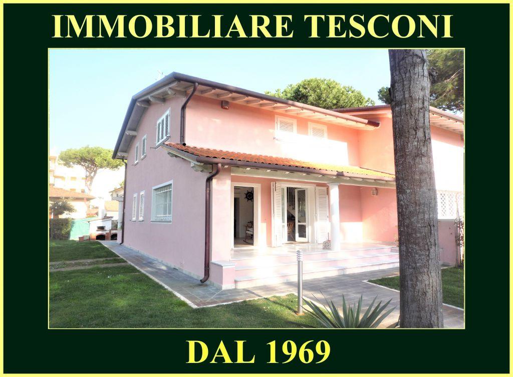 Soluzione Semindipendente in affitto a Pietrasanta, 6 locali, zona Località: MARINA DI PIETRASANTA, Trattative riservate   Cambio Casa.it