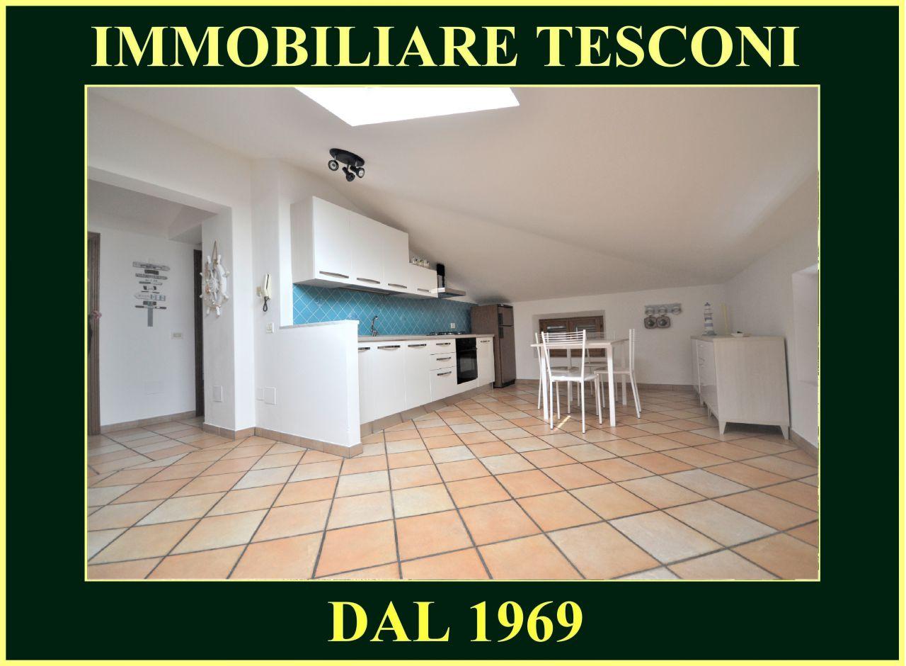Attico / Mansarda in affitto a Pietrasanta, 3 locali, zona Località: MARINA DI PIETRASANTA, Trattative riservate | Cambio Casa.it