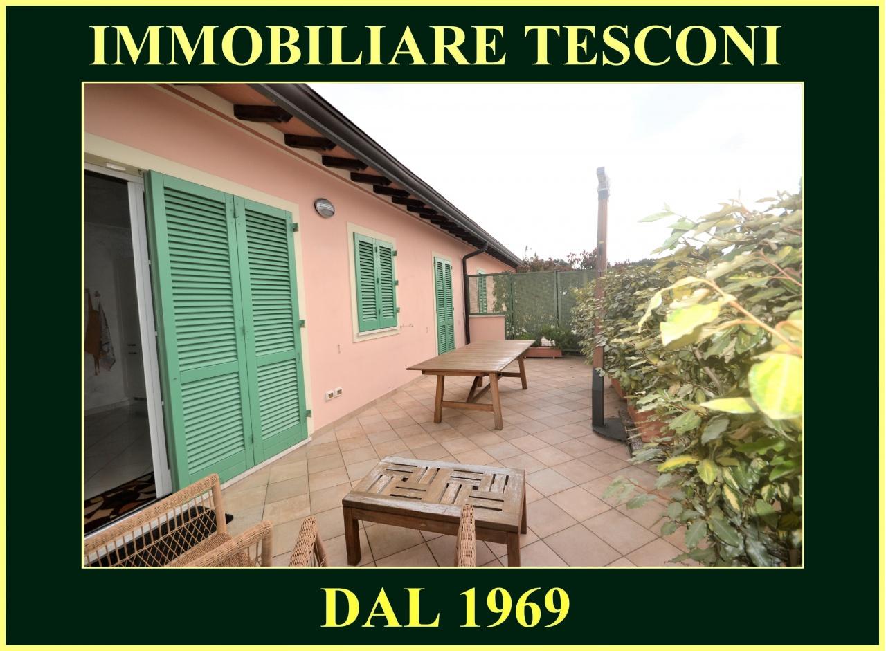APPARTAMENTO in VACANZE a Pietrasanta, Lucca Rif.10818372