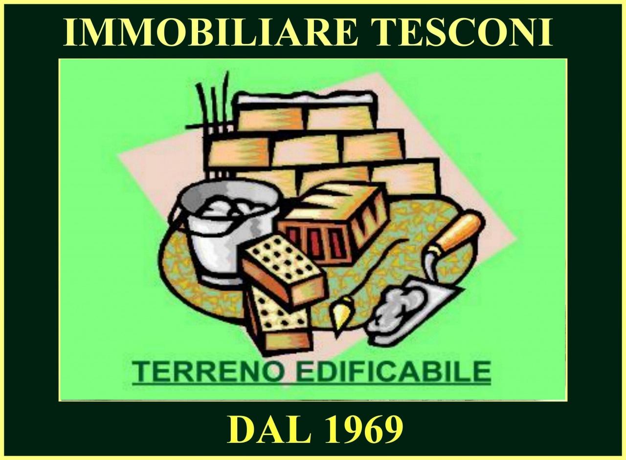 Terreno Edificabile Comm.le/Ind.le in vendita a Pietrasanta, 9999 locali, prezzo € 300.000   CambioCasa.it