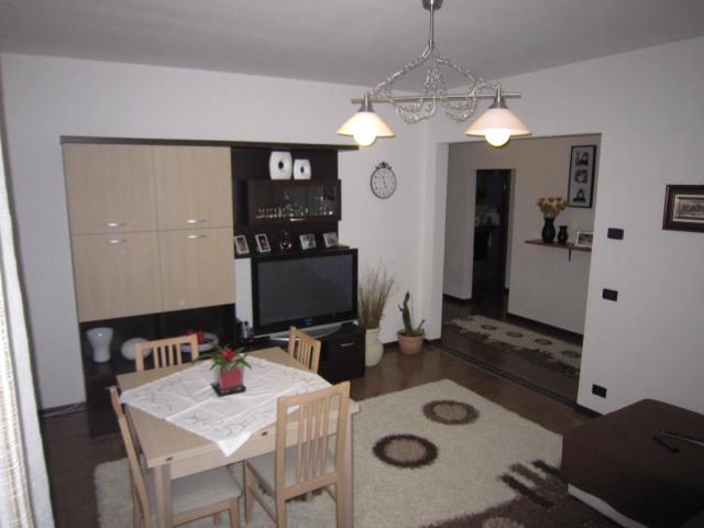 Appartamento in vendita a Asolo, 6 locali, zona Località: CASELLA, prezzo € 155.000 | Cambio Casa.it
