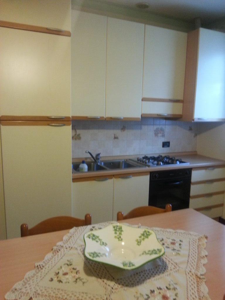 Appartamento in ottime condizioni arredato in vendita Rif. 5731188