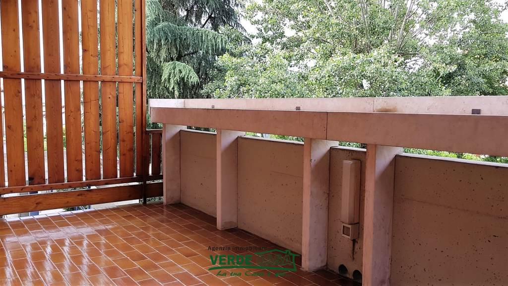 Appartamento in buone condizioni arredato in vendita Rif. 5881221
