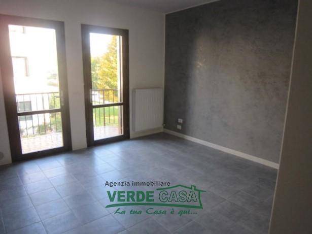 Appartamento in ottime condizioni in affitto Rif. 9221900