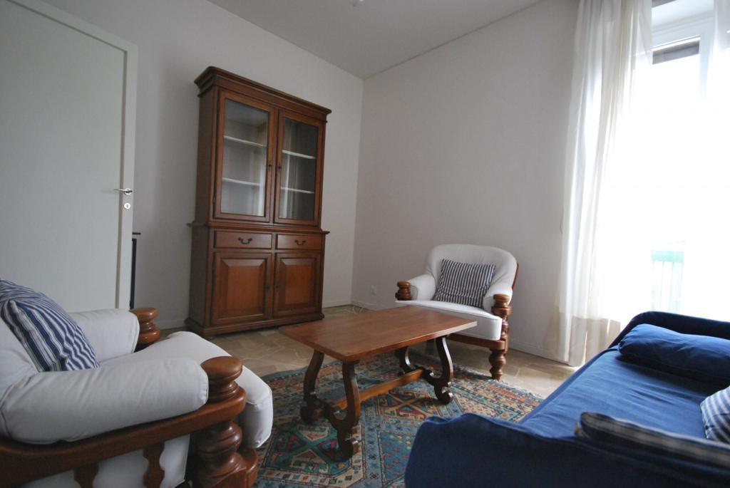 Appartamento in buone condizioni arredato in affitto Rif. 9659574
