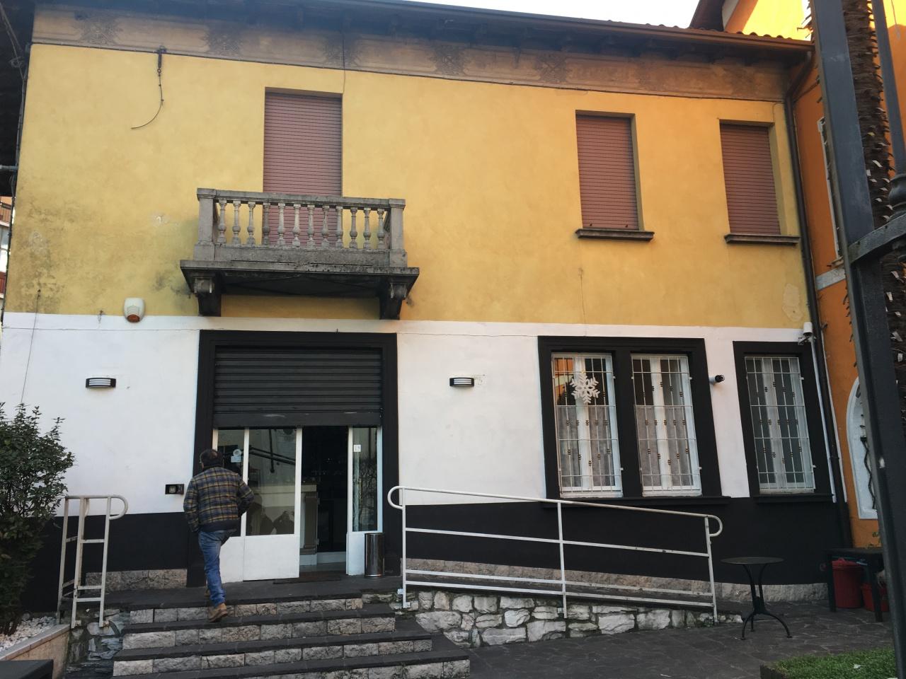 Bar in affitto a Gardone Val Trompia, 4 locali, prezzo € 1.800   CambioCasa.it