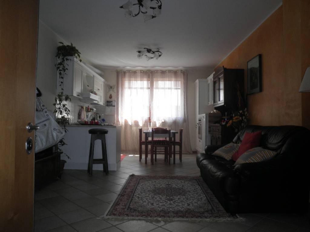 Appartamento in Vendita a Lurano