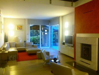 Villa in vendita a Mozzanica, 4 locali, prezzo € 880.000 | CambioCasa.it